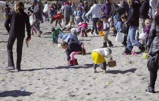 Hundreds of children and accompanying parents turned out Saturday morning for a massive Easter egg hunt in Tahoe City.