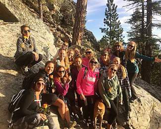 Monday night we joined the @summithunnies for their 1st #summer hike & had a blast!