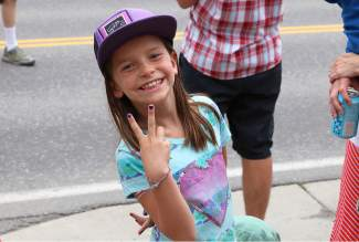 Two fingers of approval for Saturday's Truckee parade.