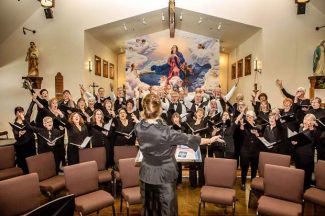 "The Truckee Tahoe Community Chorus will perfom ""Holiday Glow"" this winter."