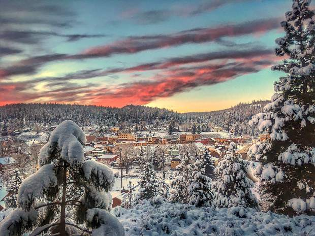 Snowy Sunset: A stunning look at sunset above Historic Downtown Truckee on Christmas Day 2016. Photo: Jenelle Potvin