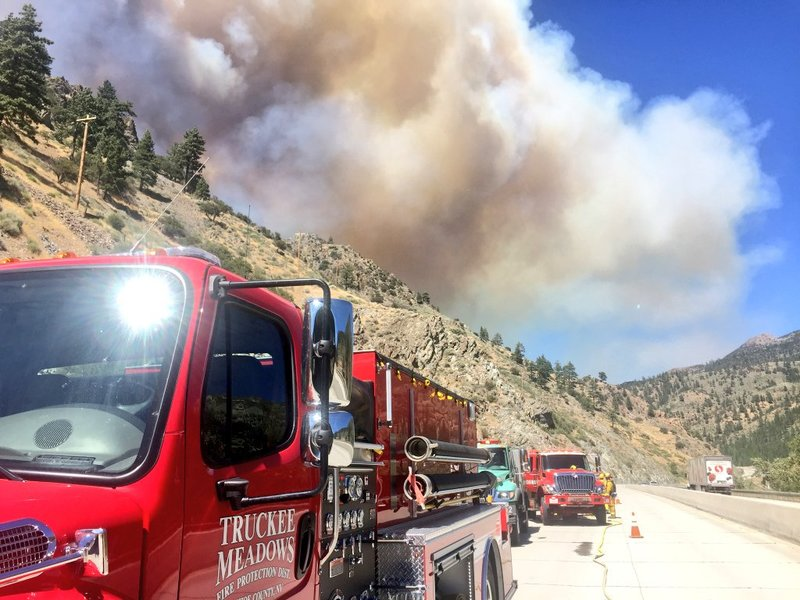 Sierra wildfire closes I-80 lanes near Truckee and Stateline
