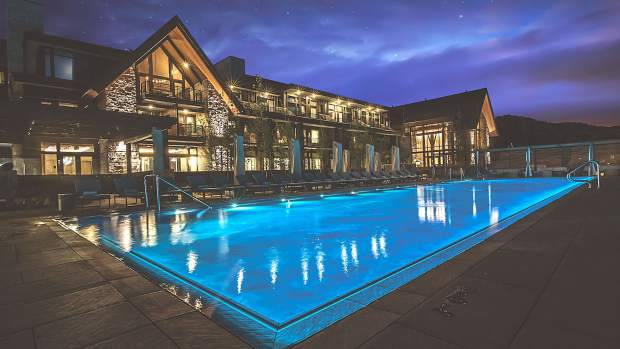 After a day on the slopes, relax in Edgewood's heated pool and hot tub.
