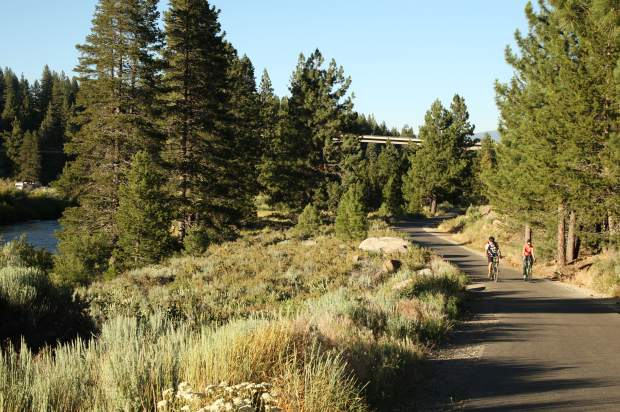 Trail from Truckee to Squaw Valley still in the works