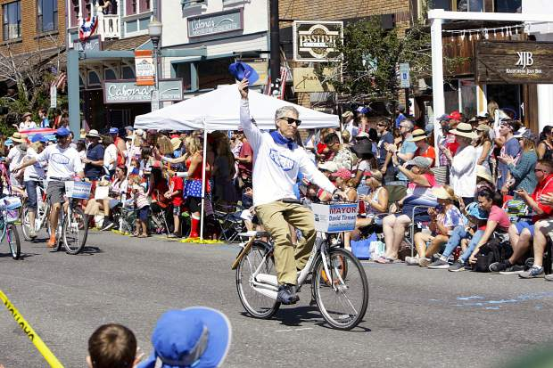 Truckee Mayor David Tirman waves to the crowd during the Truckee 4th of July Parade last Thursday.
