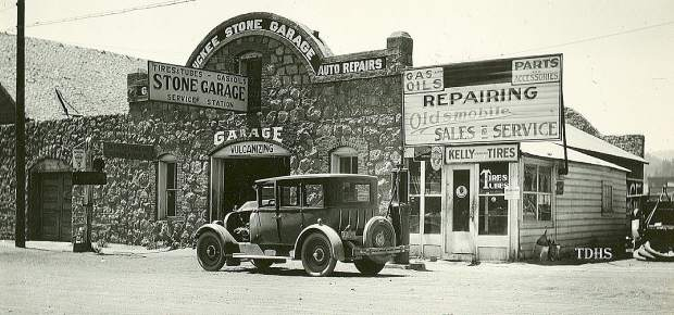 The Stone Garage was ready to get motorists repaired and back on the Lincoln Highway.