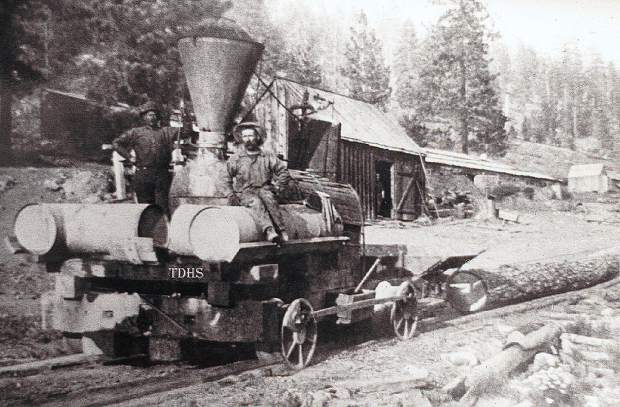 Special logging locomotives were made to traverse shorter curves and steeper inclines so less preparation was needed for the track.