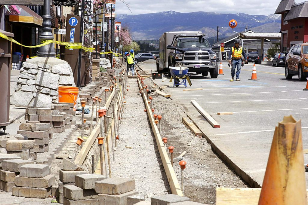 With many downtown businesses closed, Truckee approved work to replace a section of deteriorating curb and gutter.