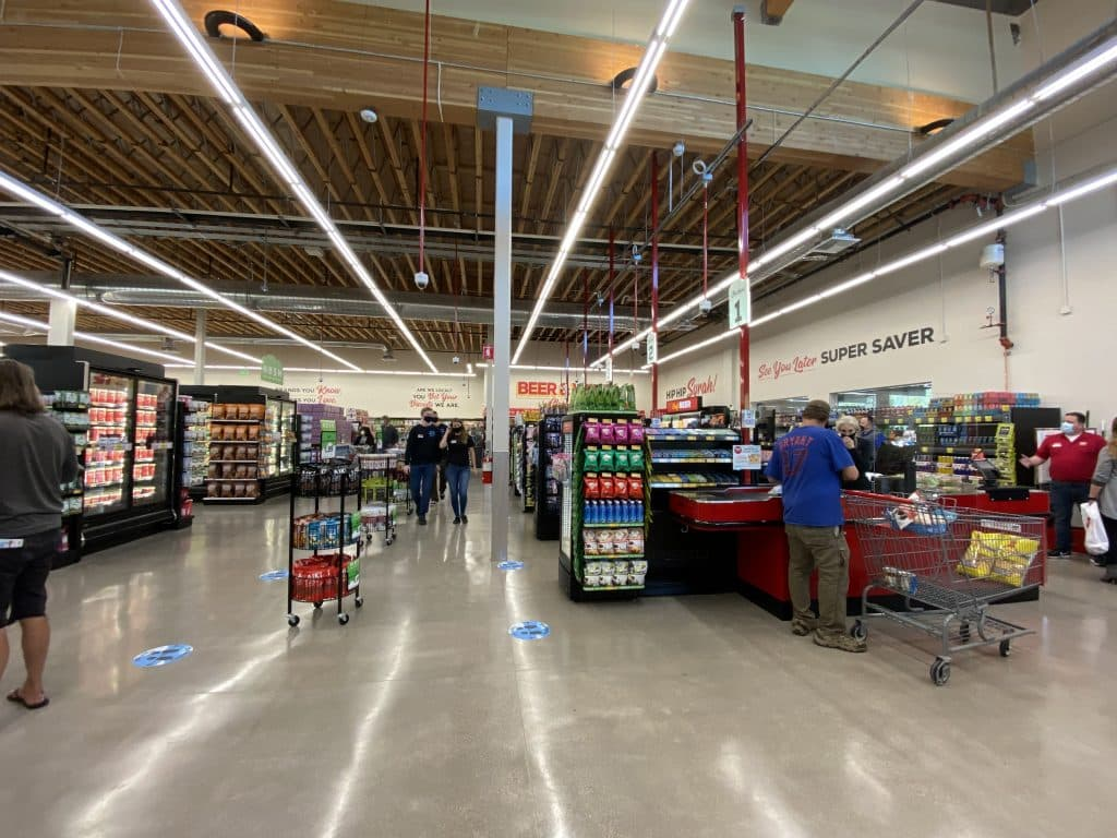 A look inside the all-new Truckee Grocery Outlet.